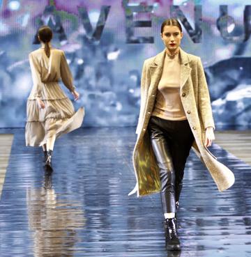 Kapsułowa garderoba na jesień i zimę - buty APIA i 303 Avenue