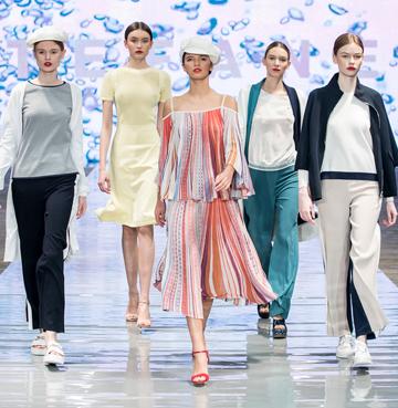 Pokaz letniej kolekcji APIA & Stefanel - kobieta otulona luksusem